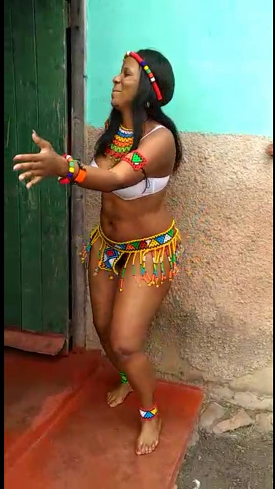 SA Woman Shows Her Punan! While Danc!ng In A Leaked Video